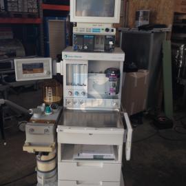 Respirateur  d'anesthésie Datex Aestiva 3000 avec moniteur AS/3