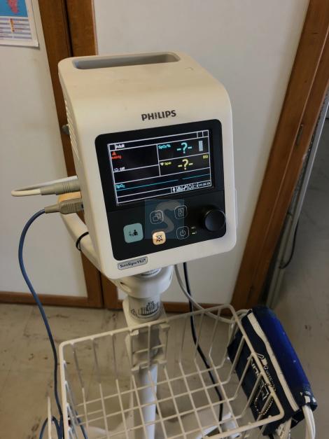 Moniteur Multi-paramètre Compact Philips Sure Signs VS2+